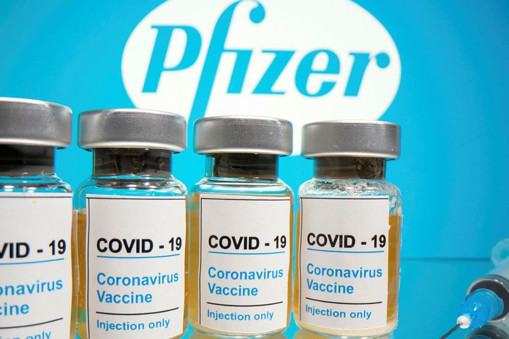 Vaccino Pfizer/BioNTech approvato dal regolatore europeo