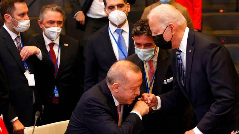 Biden incontra Erdogan al vertice NATO